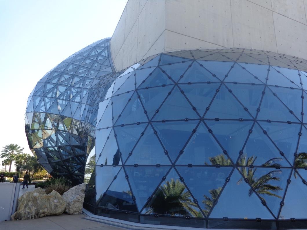 Dali Museum st petersburg